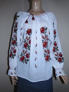Hand embroidered Romanian blouse with red /khaki roses / size M Beaded Cross Stitch, Cross Stitch Patterns, Embroidered Clothes, Peasant Blouse, Hand Embroidery, Long Sleeve, How To Wear, Costume, Women