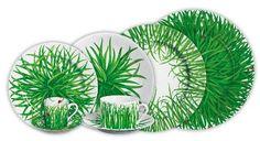Taitu Erbe Porcelain Dinnerware at Tableideas.com Shop Leiden, Green Colors, Vibrant Colors, Porcelain Dinnerware, Surface Pattern Design, Pattern Designs, Fine Porcelain, Beautiful Patterns, Kitchen Decor
