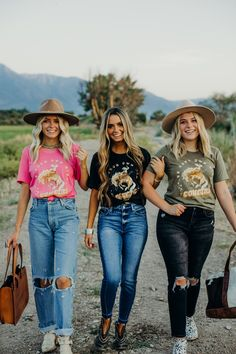 Country Western Fashion, Country Chic Outfits, Cute Cowgirl Outfits, Western Outfits Women, Southern Outfits, Rodeo Outfits, Western Wear, Trendy Outfits, Cute Outfits