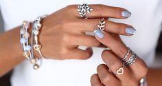 Vivaluxury blog is showing PANDORA bracelet and rings for a stunning white look #PANDORAstyle