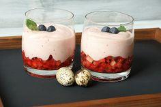 zauberwelt: März 2013  Marshmellow Mus auf Erdbeeren
