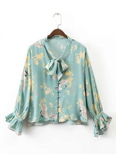Women Spring Ruffles Bow Tie V neck Floral Shirts Long Sleeve Loose Blouse Ladies Casual Brand Tops Blusas Mujer Blouse Jaune, Bow Tie Blouse, Tunic Blouse, Blouse Neck, Long Blouse, Fashion 2017, Fashion Outfits, Style Fashion, Top Mode