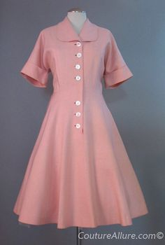 50s full skirt afternoon dress. LOVE it!