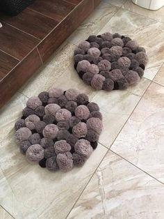 Cost Of Carpet Runners For Stairs Round Bathroom Rugs, Diy Bathroom, Diy Carpet, Rugs On Carpet, Wall Carpet, Modern Carpet, Pom Pom Rug, Fluffy Rug, Pom Pom Crafts