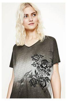 Camiseta Idaho Desigual. ¡Descubre la colección primavera-verano 2017!