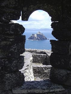 Small Skellig seen from Skellig Michael by Davers, Kerry, Ireland via Flickr (CC BY-NC-SA 2.0)