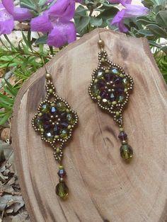 flower earrings / purple dangle earrings / by DandasCollection