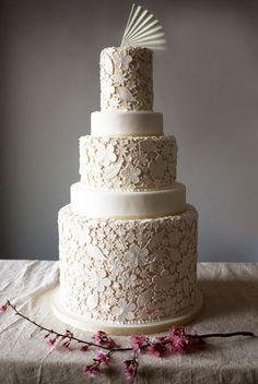 lace inspired wedding cake - gorgeous! charm, lace cakes, floral prints, vintage chic, cake wedding, vintage weddings, vintage wedding dresses, wedding cakes, romantic weddings