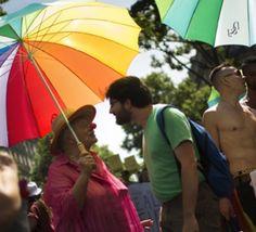 La+Gay+Pride+défile+sous+haute+sécurité+à+Paris