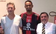 Goleiro Bruno é contratado por dois anos pelo Boa Esporte
