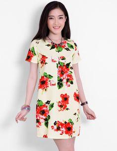 Đầm suông nơ ngực phối hoa đỏ - A6744 - Màu sắc: y hình - Chất liệu: thun xốp - Kích thước: Freesize