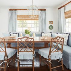 Banquette Table, Diy Dining Table, Dining Nook, Dining Chairs, Kitchen Seating, Kitchen Nook, Kitchen Tables, Cottage Kitchens, Home Kitchens