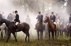 The Hunting Party English Country Manor, English Countryside, Fox Hunting, Hunting Party, English Riding, Old Money, Equestrian Style, Equestrian Fashion, Beautiful Horses
