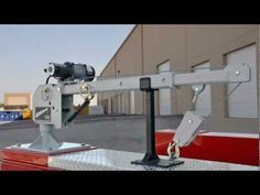 New Western Mule M2000 Telescoping Boom Crane - YouTube
