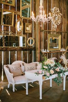 rustic wedding reception idea / http://www.himisspuff.com/rustic-indoor-barn-wedding-reception-ideas/11/
