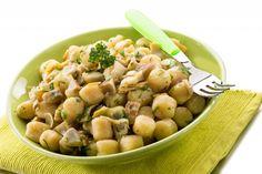 Gnocchi di pane con salsa ai formaggi: la ricetta per non sprecare gli avanzi