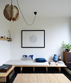 Savage beauty: inside Tilly Hemingway's Brutalist apartment – Interior Design Mid Century Interior Design, Mid-century Interior, Apartment Interior, Interior Architecture, Interior And Exterior, Casa Top, Diy Sofa, Cheap Home Decor, Home And Living
