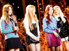Kim Jennie, South Korean Girls, Korean Girl Groups, Blackpink Playing With Fire, I Love Girls, Blackpink Jisoo, Yg Entertainment, New Girl, Kpop Girls
