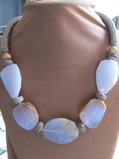 *Good idea for the back of the necklace with aqua sea glass!
