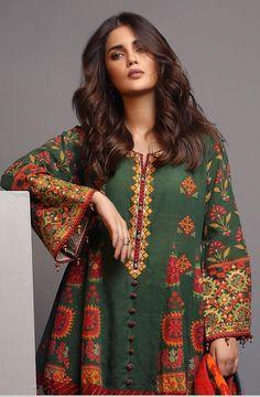 Shadi Dresses, Pakistani Dresses Casual, Pakistani Dress Design, Abaya Fashion, Fashion Dresses, Blouse Designs High Neck, Stylish Dresses For Girls, Mode Hijab, Beautiful Outfits