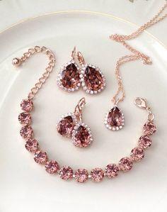 Fancy Jewellery, Cute Jewelry, Jewelry Sets, Bvla Jewelry, Jewelry Stores, Tiffany Jewellery, Jewelry Clasps, Resin Jewelry, Jewelry Making