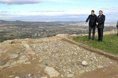 Sanz asegura que la recuperación de los restos del castillo medieval y su fortaleza potenciará el interés turístico