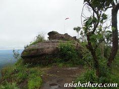 Pha Chuthong Cliff or Flang-Ple Cliff, Phu Hin Rongkla National Park, Phitsanulok