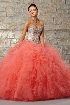 2015 Beaded Bodice Sweetheart Balll Gown Quinceanera Dresses Floor Length US$ 299.99 LDP4X8JFXY - LovingDresses.com