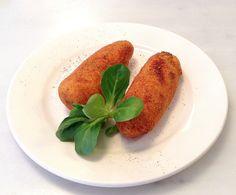 Croquetas de bacalao y patatas #tapas #restaurante #Madrid #cocina #Sicilia #Italia
