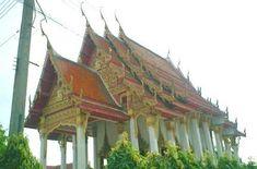 『仏陀絵を掲げたラオス系の寺院』