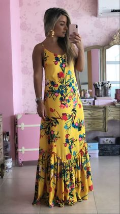 Pretty Dresses and Accessories Simple Dresses, Day Dresses, Pretty Dresses, Dress Outfits, Casual Dresses, Fashion Dresses, Summer Dresses, Floral Maxi Dress, Boho Dress