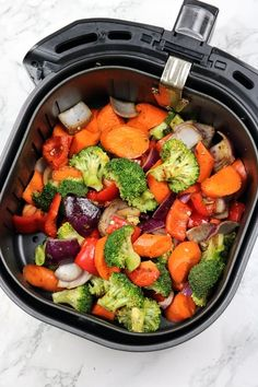 Air Fried Vegetable Recipes, Fried Vegetables, Veggie Dishes, Veggie Recipes, Vegetarian Recipes, Veggies, Cooking Recipes, Air Fryer Recipes Roast Vegetables, Recipe For Roasted Vegetables