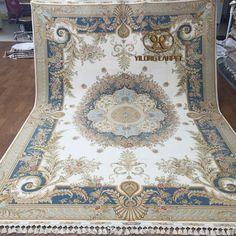 Handmade silk carpet from Yilong Carpet factory.  230 lines, 367 kpsi, Size is 2x3m www.yilongcarpet.com#art #handknottedfrenchchineseaubussonrugs #chinesehandknottedsilkrugs #handknottedsilkrugs #chinesesilkrugsonsale #silkrugsandcarpets #indiansilkrugs #silkprayerrugs #qumrugs100%silk #silkorientalrugs #silknainrugsforsale