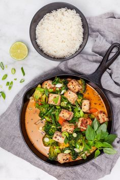 Vegansk wok i röd curry - - Kitchen Recipes, Cooking Recipes, Instant Recipes, Wok, I Foods, Food Inspiration, Vegetarian Recipes, Healthy Lifestyle, Good Food