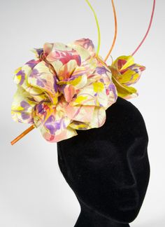 D16 - FLOWER DREAMS WITH SILK ABACA | Create amazing large colourful flowers to adorn your millinery using your customised dyed and patterned silk abaca. » More details: http://hatacademy.com/group/d16-flower-dreams-with-silk-abaca #millinery #fascinator #hatacademy