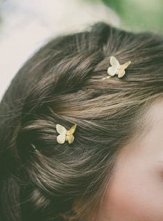 Gold Butterfly Bobby Pins Butterfly Hair Pins Butterfly Hair Clips Butterfly Accessories Rustic Woodland Wedding Bridal Hair Accessories - List of the best Women's Hairstyles Hair Scarf Styles, Curly Hair Styles, Grown Out Bangs, Bobby Pins, Gold Hair Accessories, Bridal Accessories, Vintage Accessories, Sunglasses Accessories, Fashion Accessories