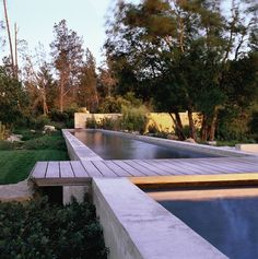 i wonder how difficult it would be to make a concrete pool like this...