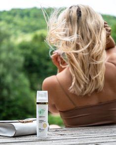 Entdecke das Vitamin C Serum von Cosphera + Natürliche Stoffe + Vegan + Aus Deutschland + Ohne Tierversuche Vitamin C, Anti Aging, Serum, Highlights, Vegan, Dry Skin, Skincare, Fabrics, Products