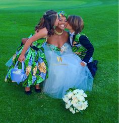 How gorgeous is this South African Zulu bride Nosipho Miya and her handsome new hubby, Demetrius Leiva? The couple looked absolutely divine in their complimenting Ankara inspired wedding dress and suit. African Inspired Fashion, African Print Fashion, Ankara Fashion, African Prints, Traditional Wedding Attire, Traditional Outfits, Traditional Weddings, African Bridal Dress, Bridal Dresses