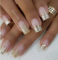 100 Amazing nail art ideas That Are Very Easy To Do Amazing golden and light pink nail art Source by techettekd Fabulous Nails, Gorgeous Nails, Pretty Nails, Light Pink Nails, Pink Nail Art, Nail Manicure, Toe Nails, Gel Pedicure, Pedicure Ideas