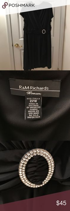 Black semi-formal dress Short sleeves, flowy material, stretchy material. Shiny stone broach! Doesn't wrinkle! R&MRichards Dresses