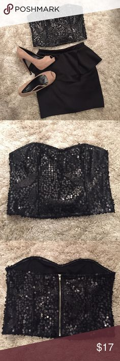 """Forever 21 Black Sequin Crop Top Strapless """"party"""" crop. Size Medium. Embellished with large & small black sequins. Corset style with plastic boning on front & back. Zip up back. Inside has rubbery lining along the top to help it from falling down. Looks brand new - worn once only for a few hours! Forever 21 Tops Crop Tops"""