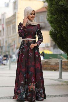 Nurgül Çakır Kız Kulesi Kırmızı Desenli Elbise