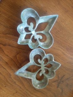 Vintage Footed Brass Trivets Set of Two Unique by 2Crafty4You, $21.95