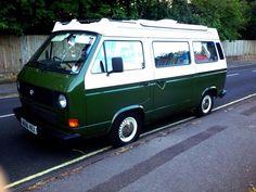 Racing green and white Cool Campers, Happy Campers, Volkswagon Van, Volkswagen, T3 Camper, Green Vans, Van Camping, Vw Cars, Rv Life