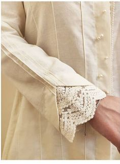 Neck Designs For Suits, Sleeves Designs For Dresses, Dress Neck Designs, Stylish Dress Designs, Sleeve Designs, Stylish Dresses, Pakistani Dresses Casual, Indian Fashion Dresses, Pakistani Dress Design