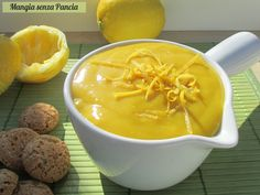 Crema al limone vegan, lemon curd ottimo Vegan Sweets, Vegan Desserts, Raw Food Recipes, Italian Recipes, Sweet Recipes, Creme, Latte, Healthy Diet Tips, Lemon Curd