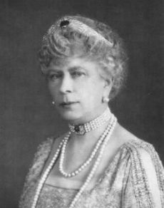 HM Queen Mary.  Grand Duchess Marie Feodorovna of Russia's  Diamond and Sapphire Bandeau The tiara was sold by Princess Nicholas of Greece (the former Grand Duchess Helena Vladimirovna) in 1921 to Queen Mary while the Greek royal family was living in exile in Paris. The Duchess had inherited many jewels from her mother and sold a number of pieces over the years to raise cash for the family. Queen Mary loaned the tiara to Princess Margaret on many occasions.