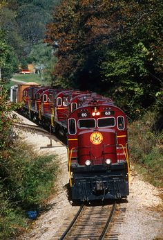 Arkansas and Missouri's Fort Smith Turn departs Winslow, Arkansas, on October 20, 1995, powered by six Alco C-420s.