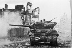 An American tank destroyer works its way through the rubble of a French town in the summer of Battle Of Normandy, D Day Normandy, M10 Wolverine, M10 Tank Destroyer, Canadian Soldiers, Us Armor, Landing Craft, Sherman Tank, Armored Fighting Vehicle